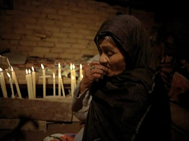 e5e420348d aria Sabina consuming her sacred mushrooms.